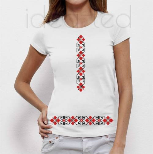 women t-shirt with embroidery